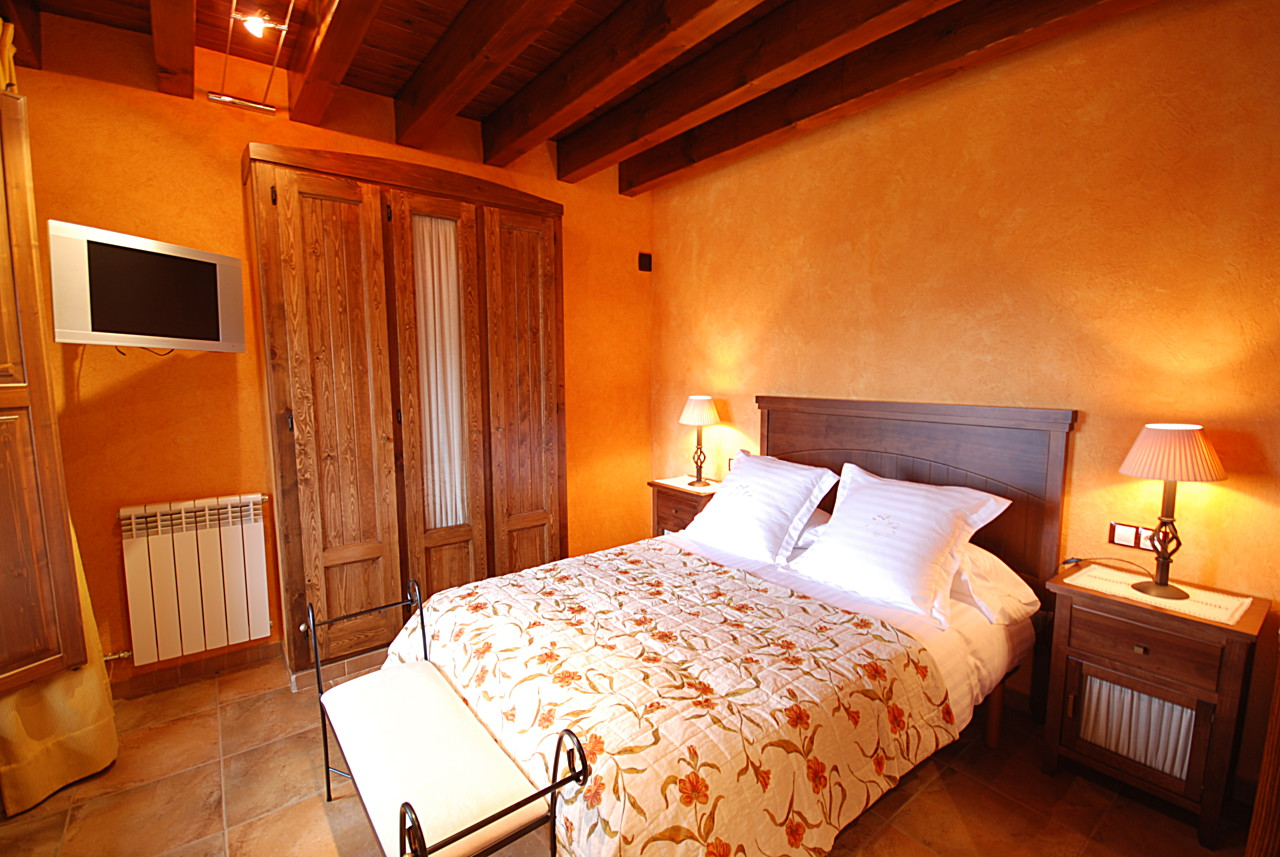 Room booking at Ribes Valley hotels